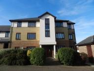 Flat to rent in Semple Gardens, Chatham