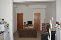 2 bedroom Apartment to rent in High Street, Chatham