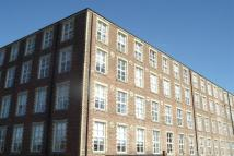 2 bed Penthouse to rent in Woolcarders Court...