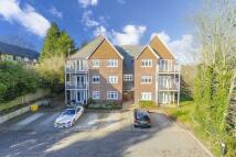 Flat in Tupwood Lane, Caterham