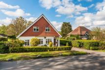 4 bed Detached property in The Heath, Chaldon...