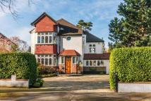 4 bedroom Detached house in Ridge Park, Purley