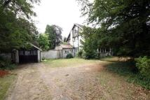 4 bedroom semi detached house in Foxley Lane, Purley