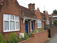 1 bedroom Terraced Bungalow to rent in Military Road, Colchester