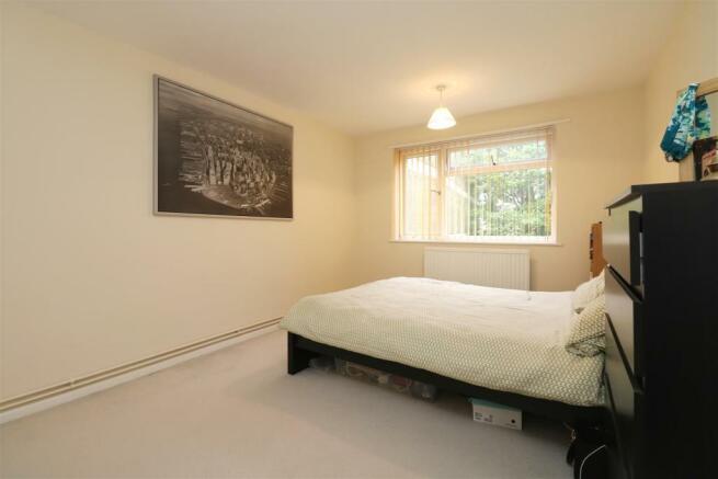 Bedroom 1 pic 2.JPG