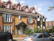 Flat to rent in Pearsewood Road, Erith...