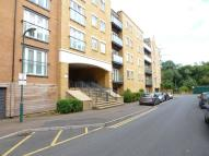 2 bed Flat in Phoenix Court...