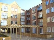1 bed Flat to rent in Griffin Court...
