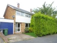 3 bedroom semi detached property to rent in Rowlatt Close...