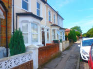 3 bed Terraced house in Lynton Road South...