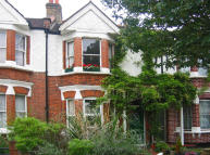 Flat for sale in Dudley Gardens, Ealing...