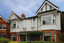 4 bedroom house in Julien Road, Ealing...
