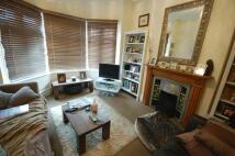 3 bedroom home to rent in Graham Avenue, Ealing...