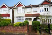 4 bed property in Rathgar Avenue, Ealing...
