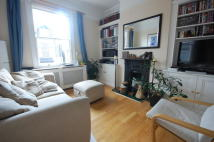 3 bed Flat in Green Lane, Hanwell...