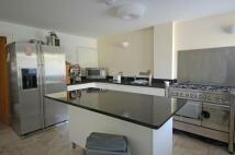 2 bedroom Flat to rent in Nero Court, Brentford...