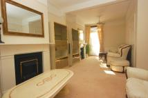 4 bed house in Elthorne Avenue, Hanwell...