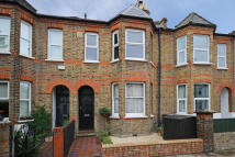 Flat for sale in Elthorne Avenue, Hanwell...