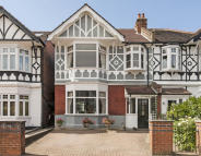 4 bed property for sale in Loveday Road, Ealing...