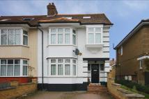 4 bed property in Boston Gardens, Brentford