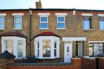 5 bedroom property for sale in Shrubbery Road, Southall