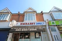 2 bed Flat in Greenford Avenue...