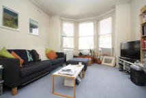 Flat to rent in Freeland Road, Ealing