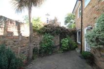 3 bedroom property to rent in Keswick Mews, Ealing...