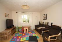 2 bedroom Flat to rent in Brindley Close, Wembley