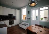 house to rent in Drayton Avenue, Ealing...