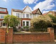 5 bed property in St Stephen`s Road...