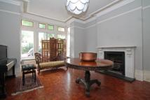 5 bedroom property to rent in The Avenue, Ealing...