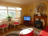 2 bed Maisonette to rent in Vanbrough Crescent...