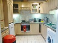 2 bed Flat to rent in Maytree Gardens...