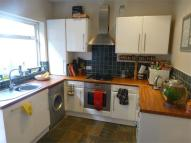 Ground Flat to rent in Lawrence Road, Ealing...