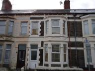 Major Road Terraced house to rent