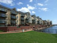 2 bedroom Apartment in Adventurers Quay...