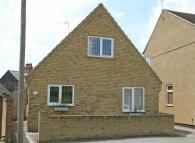 2 bed Detached house to rent in Braybrooke Road...
