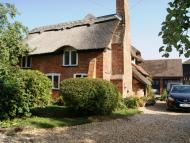 3 bedroom Detached property to rent in Rotherwick