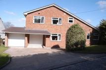 5 bed Detached property in Queenswood Road...