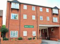 2 bedroom Ground Flat for sale in Regal Court, Atherstone