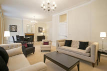 3 bed Apartment to rent in GLOUCESTER ROAD, London...