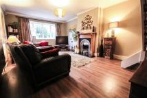 4 bed semi detached house in Sutherland Close...