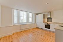 Apartment in Alderbrook Road...