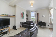 property to rent in Wandsworth Road, Clapham, SW8