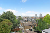 2 bed Maisonette to rent in Rozel Road, Clapham SW4