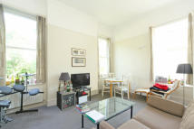 Flat to rent in Cedars Road, Clapham SW4