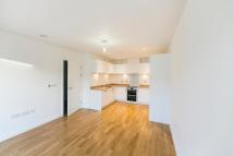 2 bed Flat to rent in Killick Way, London, E1