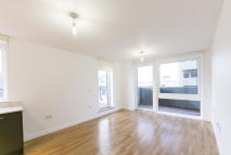 3 bedroom new Apartment in Killick Way, London, E1