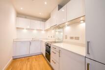Apartment to rent in KILLICK WAY, London, E1
